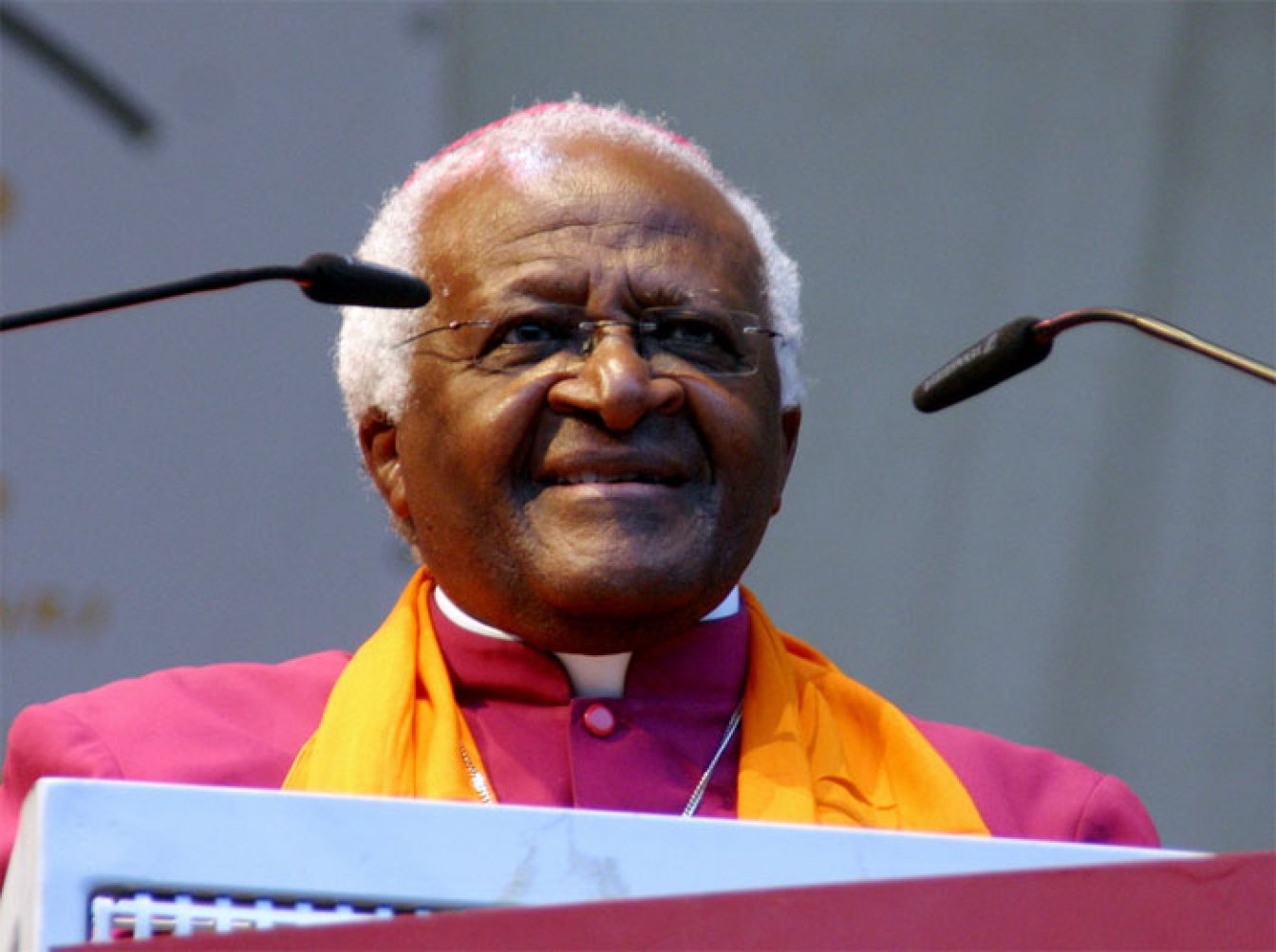 Archbishop Desmond Tutu is among more than 70 religious leaders, representatives and faith based organisations that have signed the interreligious declaration calling on states to work toward